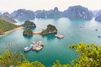 ベトナム ハロン湾(ティートップ島から撮影)