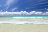 沖縄県 伊良部島 渡口の浜
