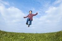 ジャンプするの子供