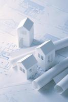 設計図と紙の家   (ペーパークラフト)
