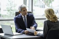 ビジネス 説明を求める経営者