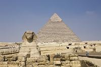 エジプト カイロ ギザのピラミッドとスフィンクス
