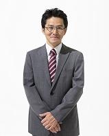 眼鏡をかけた日本人ビジネスマン