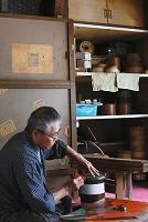 鎌倉彫塗師