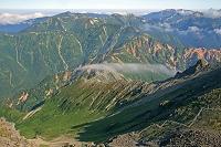 岐阜県 大喰岳から西鎌尾根手前と裏銀座コースの山々