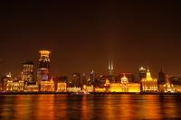 中国 上海 外灘のライトアップ夜景