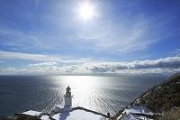 北海道 地球岬の光る海とチキウ岬灯台