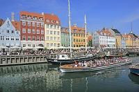 デンマーク ニューハウンとクルーズ船
