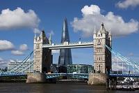 イギリス タワーブリッジとザ・シャード