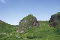 北海道 桃台猫台展望台から望む桃岩
