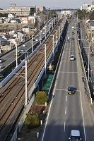 電車路と自動車道路
