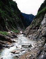 黒部川下廊下 7月 富山県 黒部渓谷 白竜峡付近