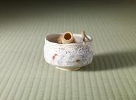 志乃茶碗(秀山作)と茶筅と茶杓