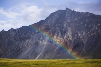 アメリカ合衆国 7月のアラスカ 北極圏の虹