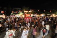 京都府 梅宮大社 嵯峨天皇祭の納涼盆踊り大会