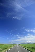 北海道 直線道路と地平線