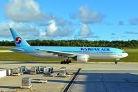 グアム 大韓航空ボーイング777型機