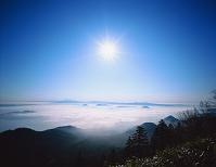 北海道 津別峠より屈斜路湖と斜里岳、知床連山