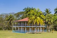 キューバ ビラン カストロの生家(カストロ家の村) 旧ホテル...