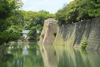 京都府 二条城 天守閣跡と内濠と米倉