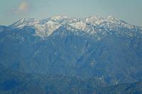 三重県 錫丈岳から鎌ガ岳と御在所岳遠望