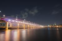 韓国 盤浦大橋ムーンライトレインボー噴水