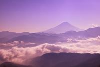 山梨県 富士川町 櫛形山林道からの富士山と雲海
