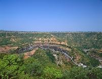 インド アジャンタ石窟群 全景