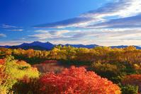 長野県 乗鞍岳 位ヶ原の紅葉と穂高連峰と槍ヶ岳