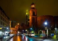 ドイツ フランクフルト レーマーブルグ広場 入り口戸通り