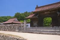 岡山県 閑谷学校の石塀と校門と講堂