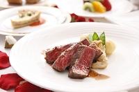 牛肉のコース料理