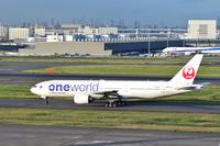 東京国際空港 JAL B777-200