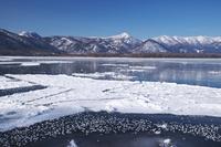 北海道 屈斜路湖とフロストフラワー