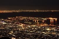 兵庫県 神戸 六甲アイランドと大坂の夜景