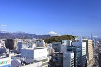 静岡県 富士山と静岡市の街並