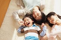 日本人家族イメージ