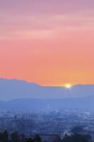 京都府 正月元旦の夜明けと京都市街