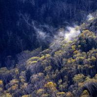 三国峠, 黄葉と沸く雲