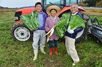 農作業をする人たち