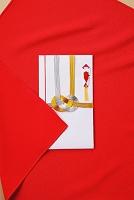 祝儀袋と赤い袱紗