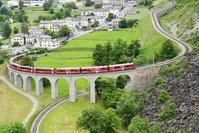 スイス レイティッシュ鉄道ブルージオオープンループ橋