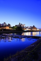 京都 鴨川納涼床 夜景