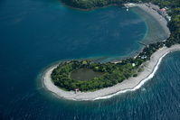 大瀬崎のビャクシン樹林(琵琶島)陸繋島周辺