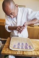 寿司屋の料理人