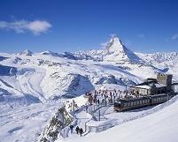 スイス ゴルナグラード駅とマッターホルン