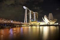 シンガポール マリーナ・ベイ・サンズの夜景