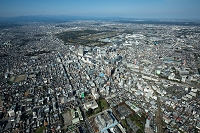 東京都 立川駅と立川市街地より国営昭和記念公園方面