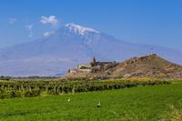 ホルヴィラップ修道院とアララト山