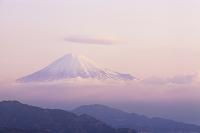 静岡市 日本平 笠雲の富士山